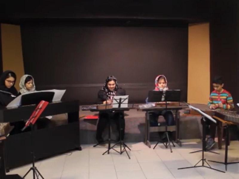 ارکستر سنتور نوازان فانوس