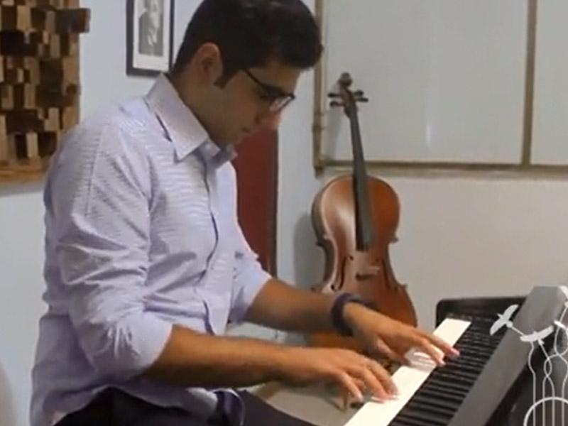 وطنم اجرای پیانو هنرجو صدای مهرورزان