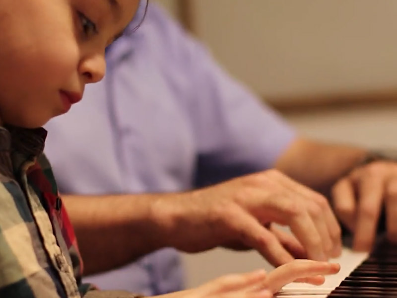 کلاس پیانو علی افشار